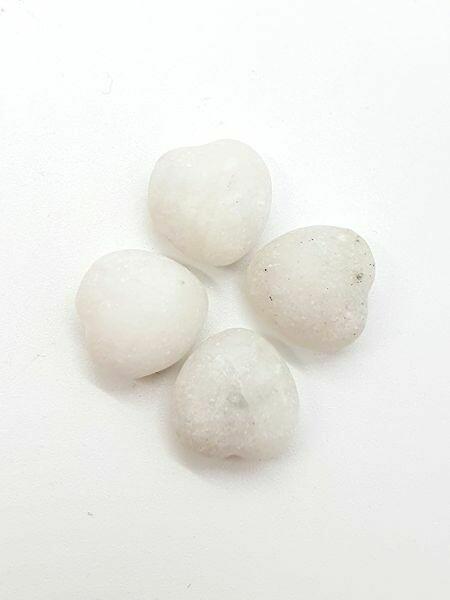 Mini coeur en Baryte blanc