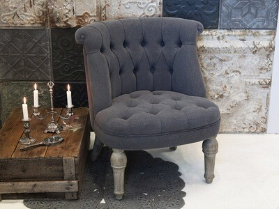 Sessel in Leinenstoff