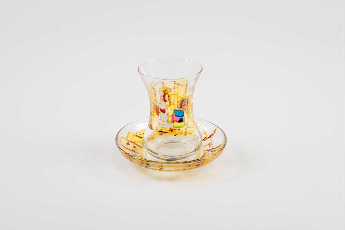 Armudu glass - Camel and Castle