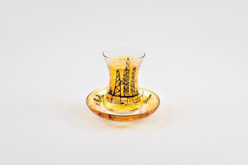 Armudu glass - Oil Rigs