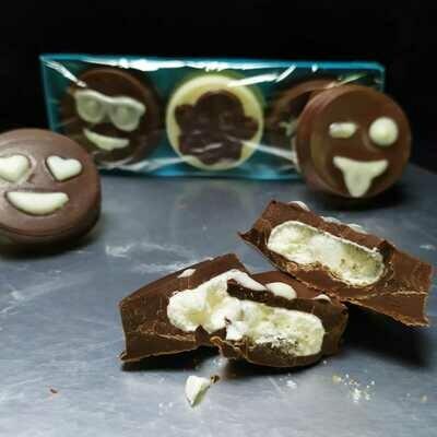 Emojis de Chocolate Rellenos - 3 unidades - Sin Gluten.