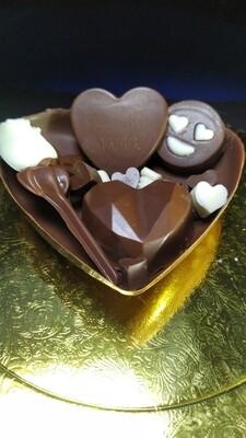 Medio Corazón de Chocolate con Mega Bombones y Rosa - Sin Azúcar.