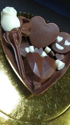 Medio Corazón de Chocolate con Mega Bombones y Rosa - Sin Gluten.