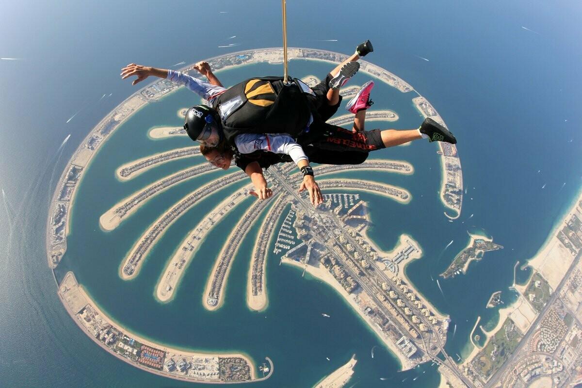 SKY DIVING, THE PALM DUBAI 2199 AED