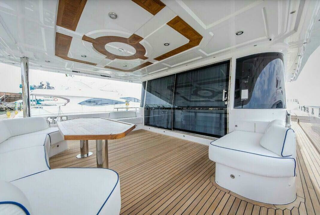 MAJESTY 75ft 1700 AED
