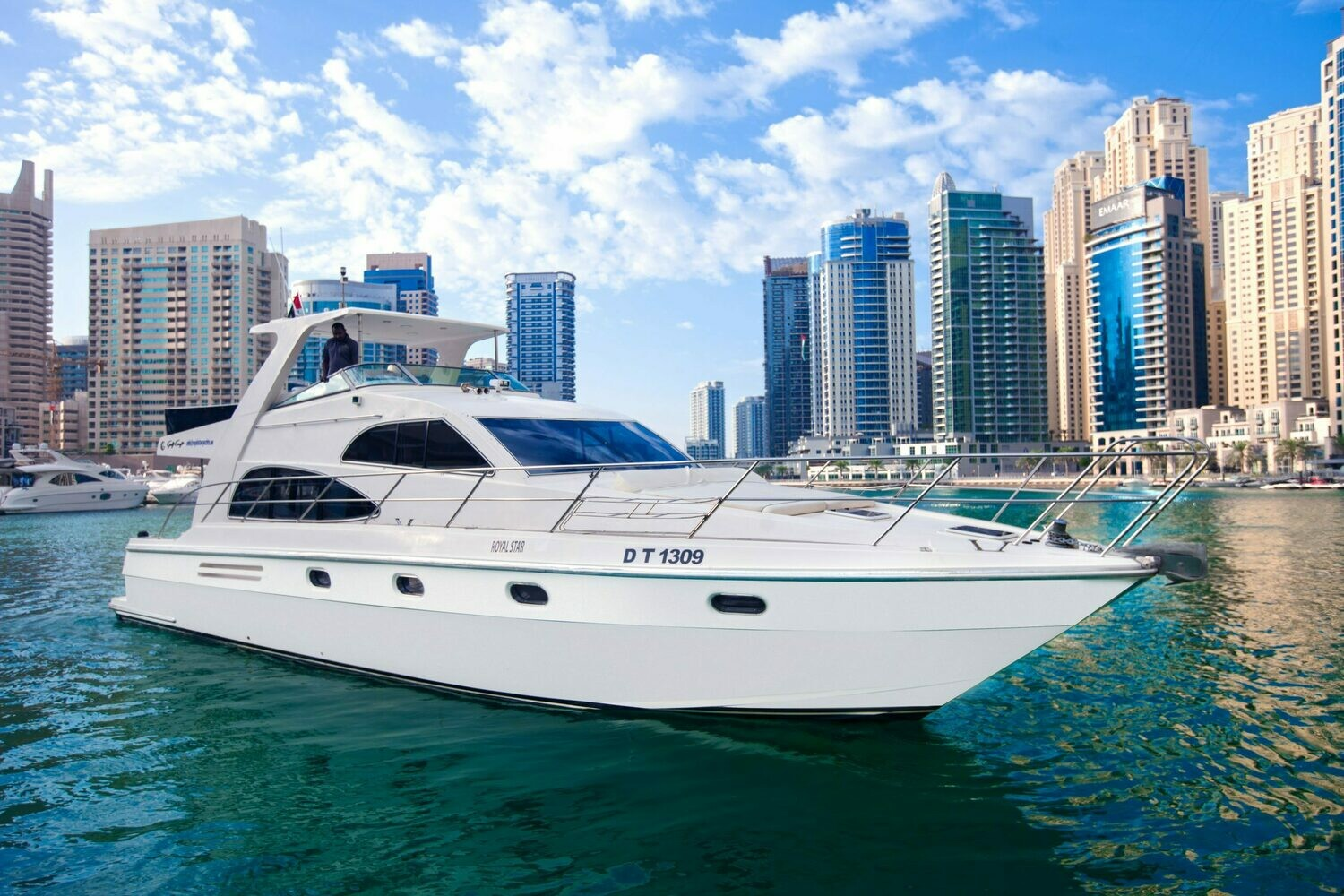 GULF CRAFT 55 FT 1000 AED