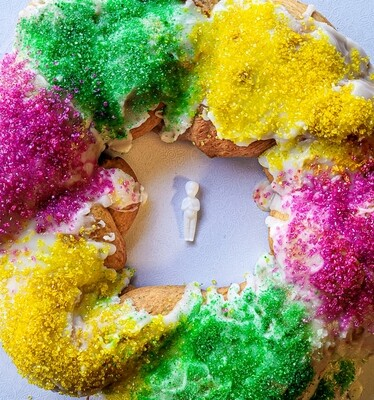 Vegan King Cake (12