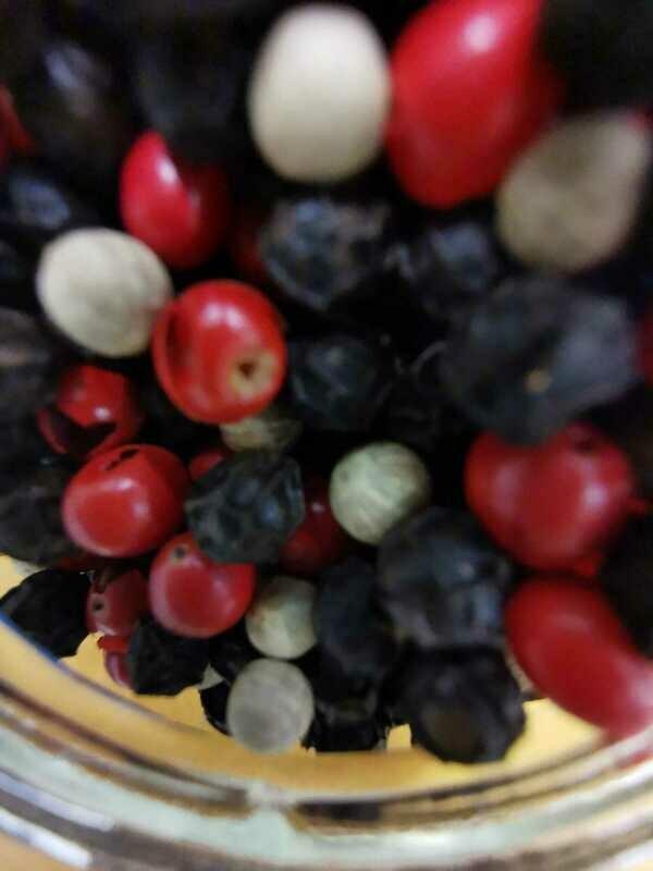 Mélange 3 poivres (NOIR, BLANC, ROSES)