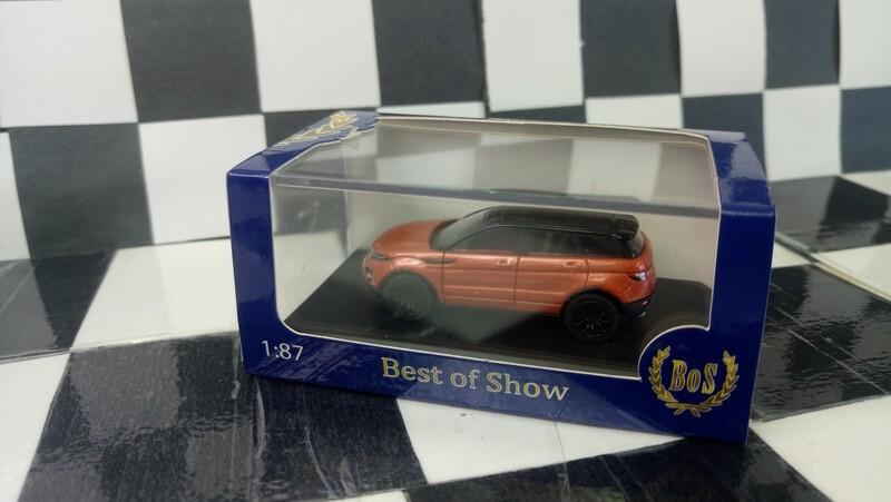 1:87 BoS Range Rover Evoque (Metallic Dark Orange/Black)