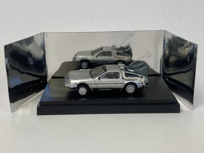 1:87 NPE Delorean Zeimaschine  (Silver)