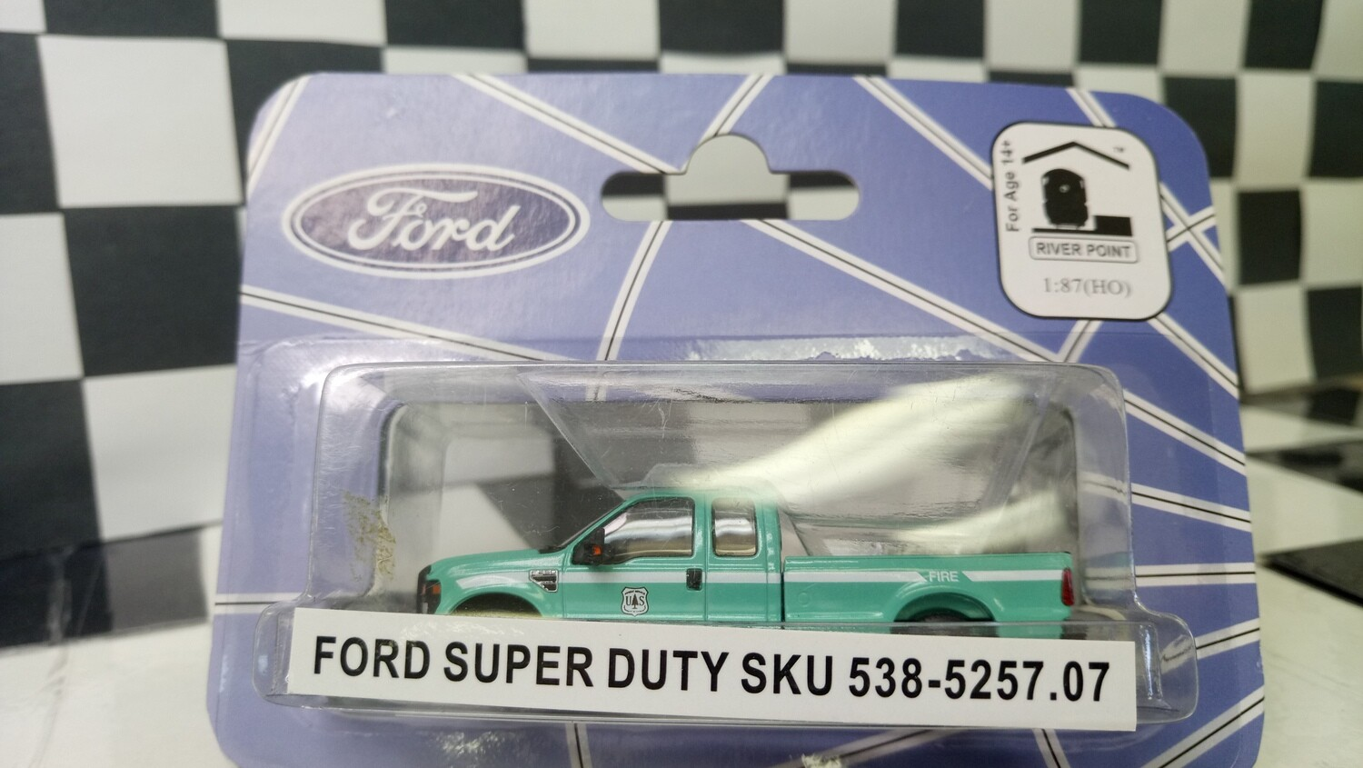 1:87 RPS Ford F-250 Super Duty Green-Forest Service