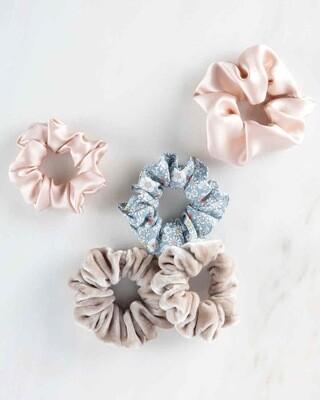 Surprise 4 Pack Assorted Scrunchies (velvet,chiffon,cotton)