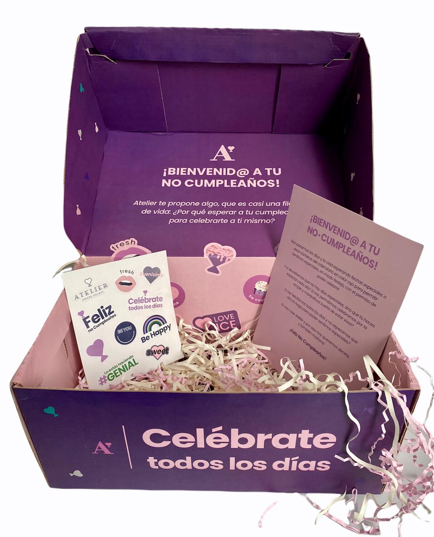 Caja de regalo , incluye decoración.