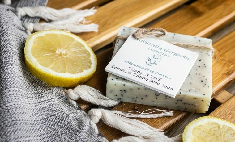 Poppy a-Peel Soap -  (lemon and poppy seed) 100g