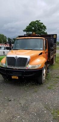 IH Attenuator Truck