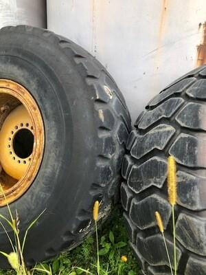 Cat IT28 Tires and Rims