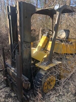 Cat V80 Forklift