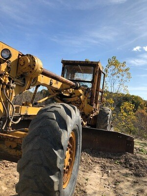 Cat 16 Grader With Ripper