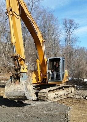 Case 9020B Excavator