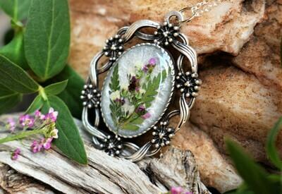 Pendant Necklace-Victorian Floral White