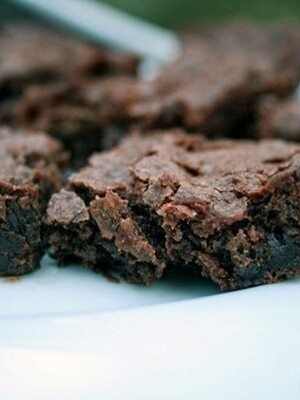 CHOCOLATE CHEWY SQUARE MIX