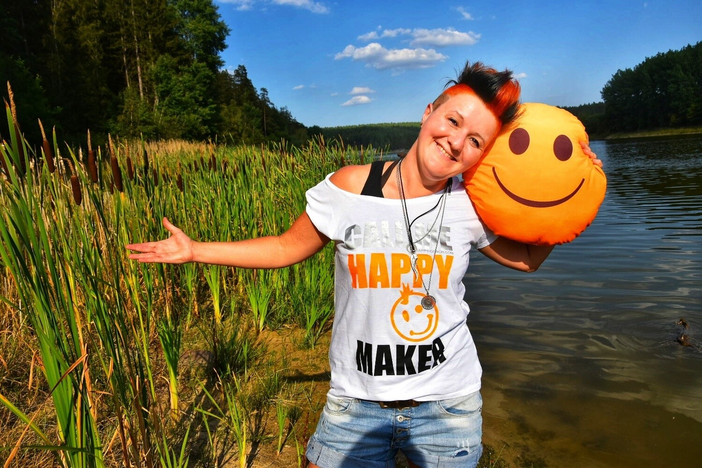 04 - 3. CALL ME HAPPY MAKER - POSITIVE STATEMENT Shirt, verschiedene Motive