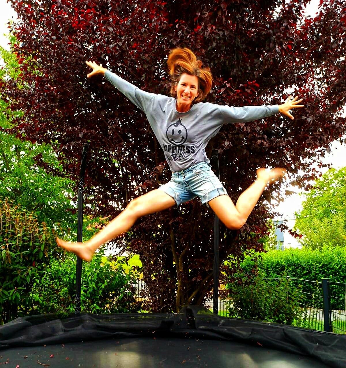 14. HAPPINESS REBEL - Women`s Freedom Longsleeve