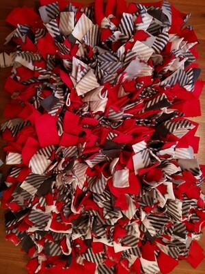 Large red snuffle mat