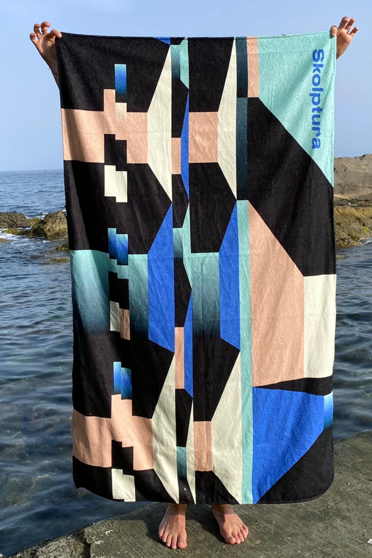 Towel Skolptura 2021