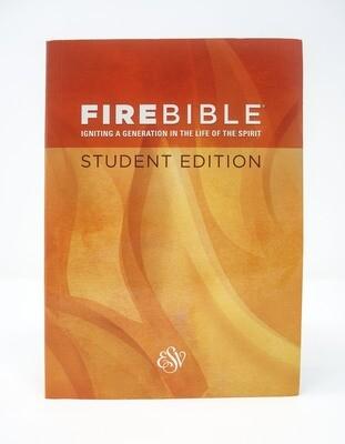 English Standard version (ESV) Student Edition Paperback