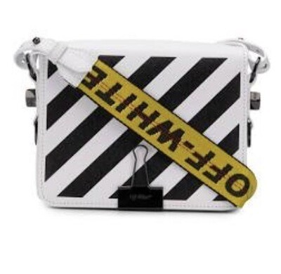 Off❌WHITE PURSE