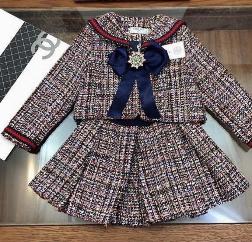CHANEL 2piece