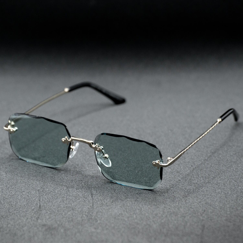 lunettes de soleil forme cartier monture doré