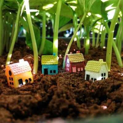 Miniature House Assorted (Single Piece)