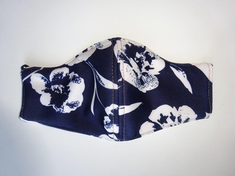 Stoffmaske Flowers / Blumen Weiss auf Marineblau