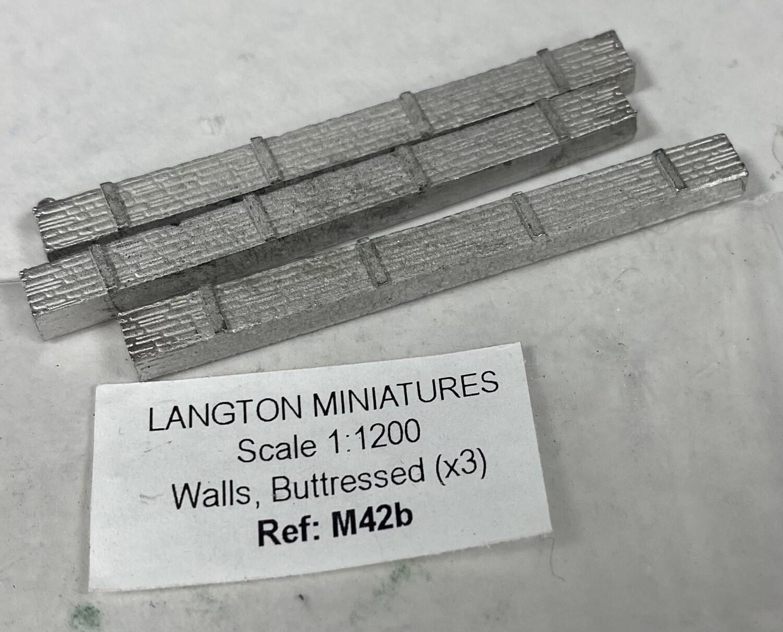 M42b Walls, buttressed (x3)
