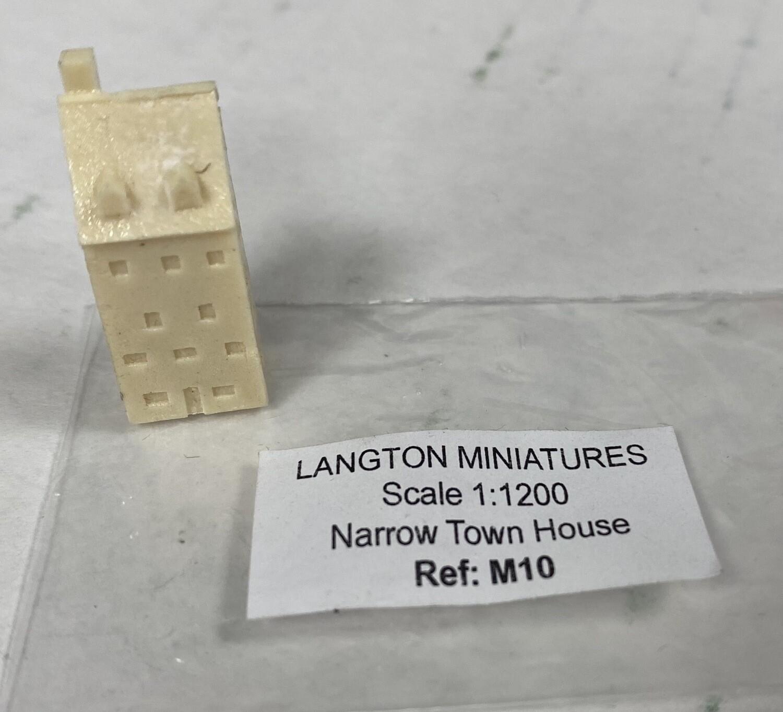 M10 Narrow town house 11x8x25