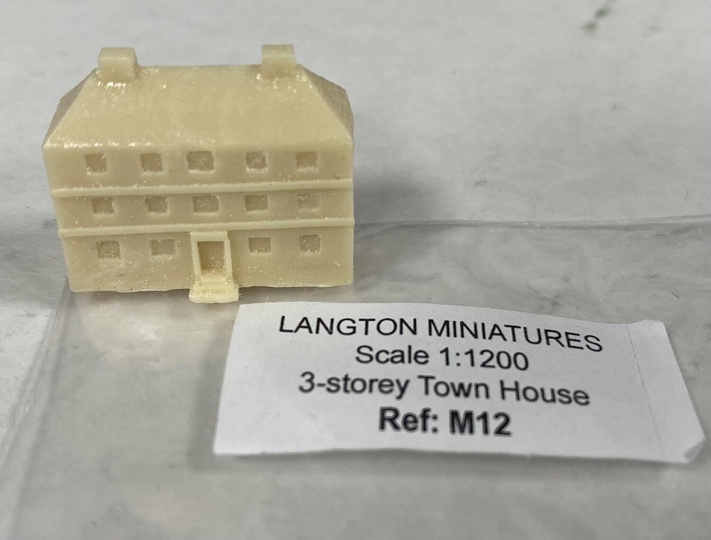 M12 3-storey town house 24x9x19
