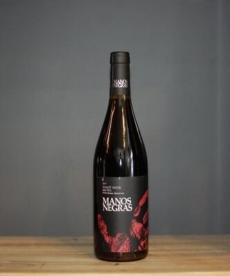 Manos Negras Red Soil Select Pinot Noir 2017