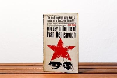 One day in the life of Ivan Denisovich, Alexander Solzhenitsyn, Bantam, 1963