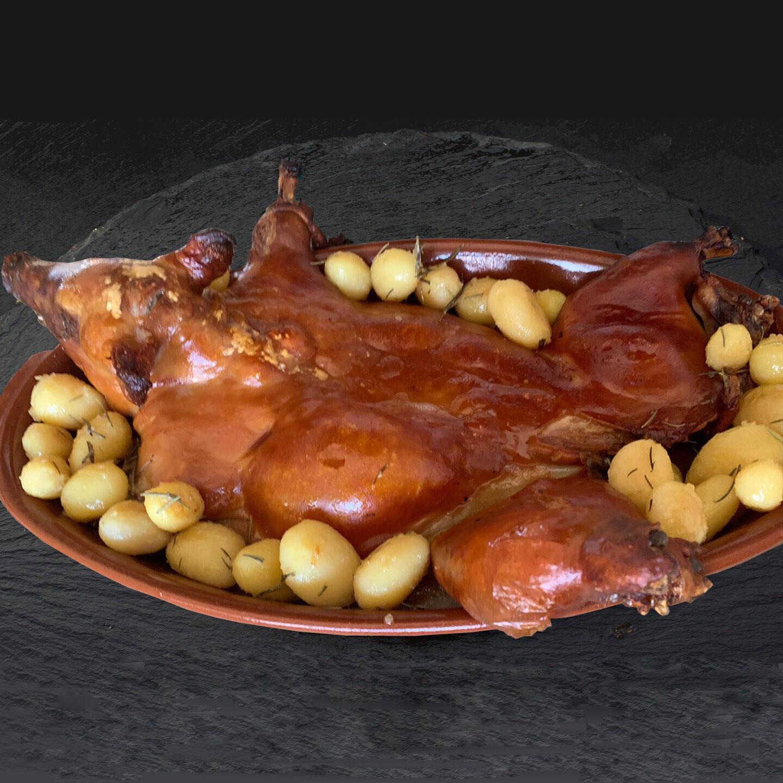 Cochinillo IBÉRICO Confitado Entero (4 Kg.)
