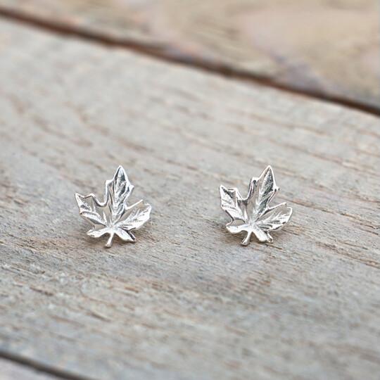 Glee Maple Leaf Studs