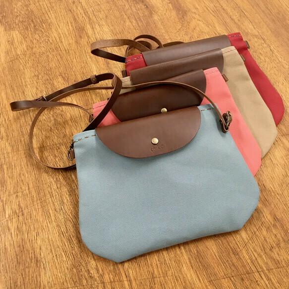 かわいい帆布のショルダーバッグ(ポシェット・サコッシュ)