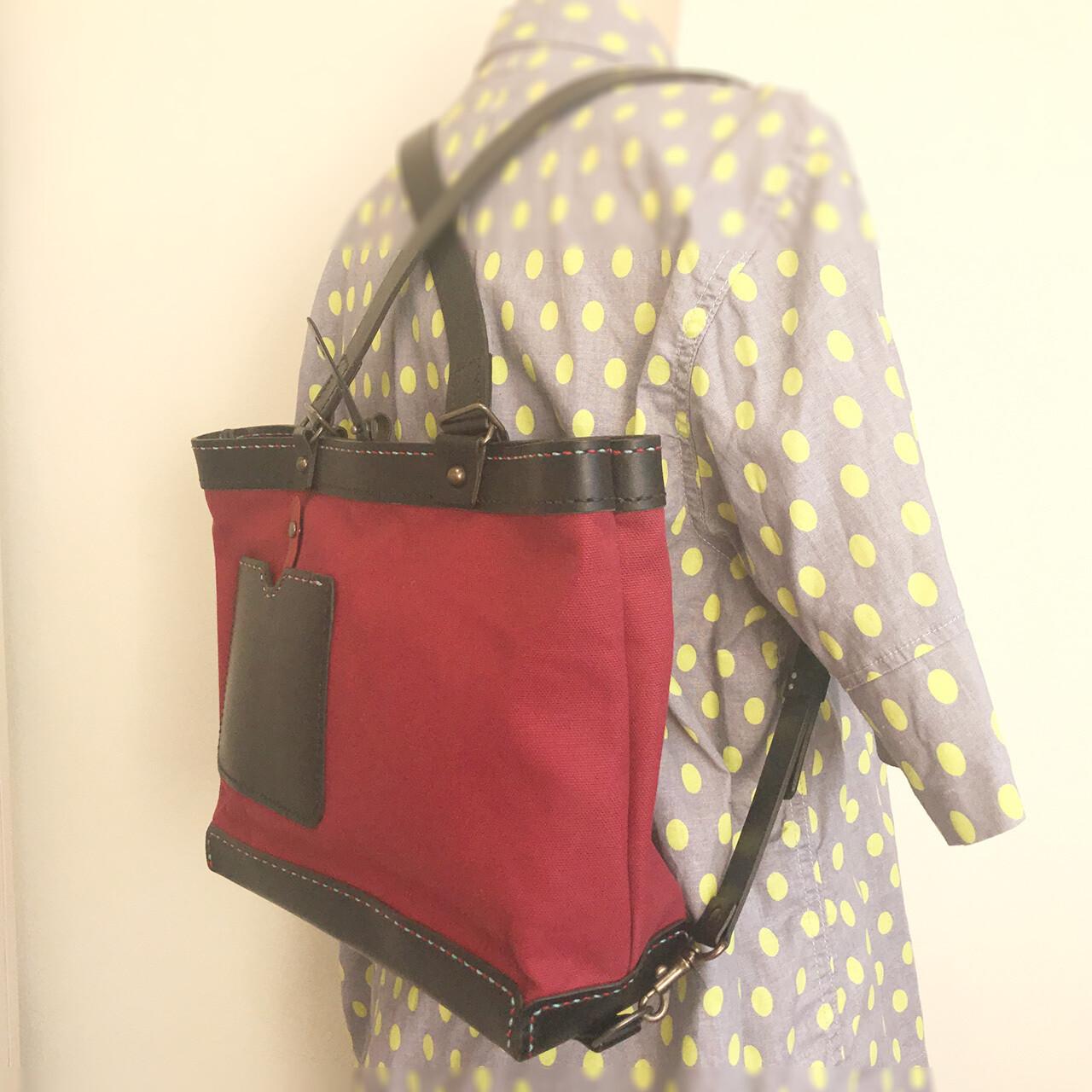 帆布と革の ヨコ型リュック・トート(Dark Red)