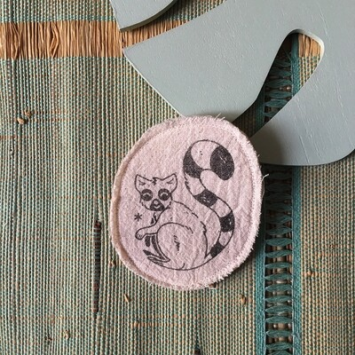 Broche artisanale - ani'cute Maki Catta / Ring-tailed lemur