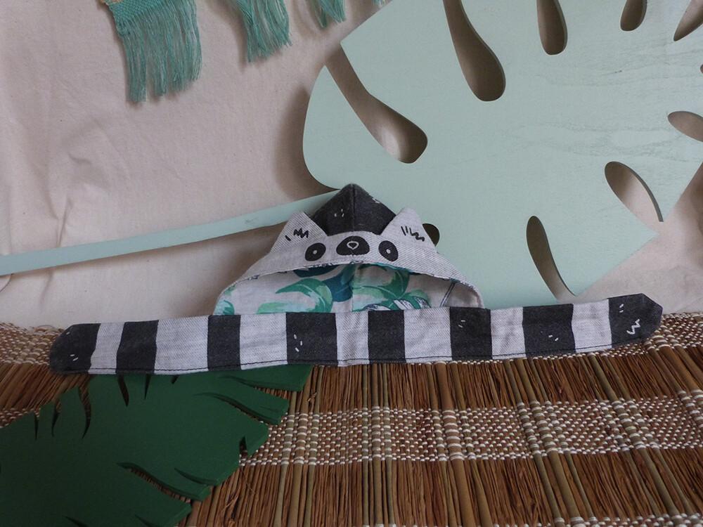 "Lemur Scoodie - 5-6"" - tissu gris doux/soft grey fabric, hand screen printed"