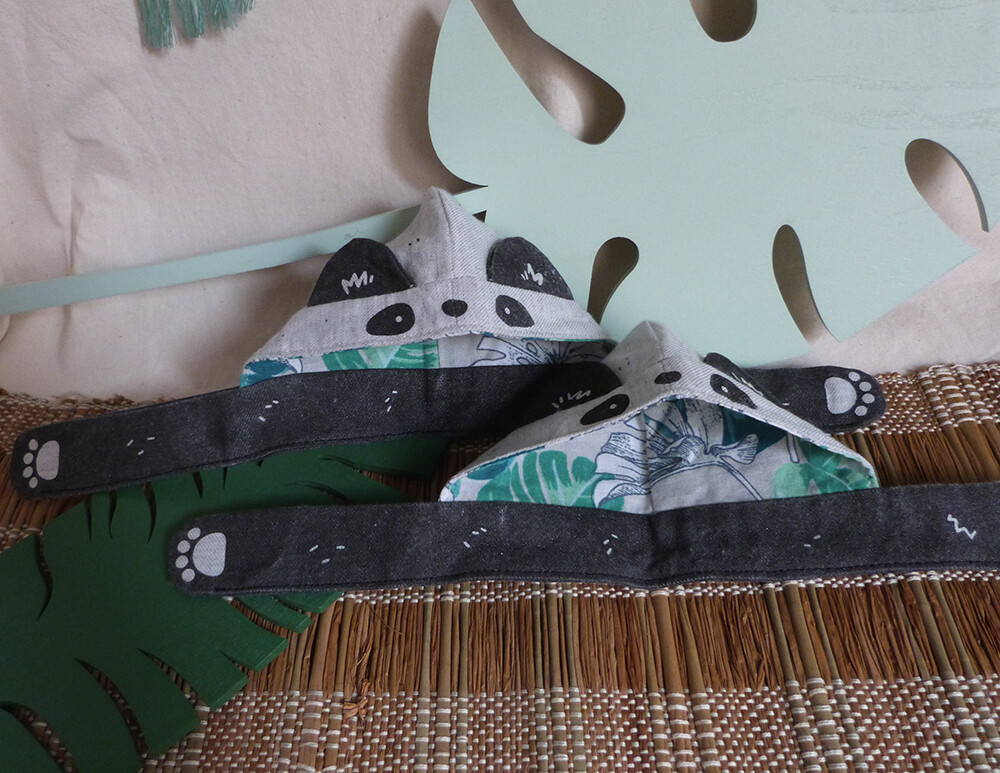 "Panda Scoodie - 5-6"" - tissu gris doux/grey soft fabric, hand screen printed"