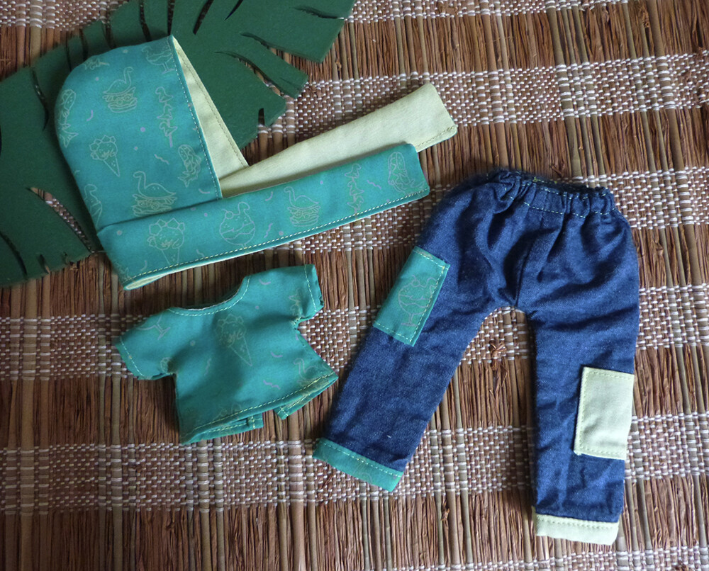 DinoFood outfit Bleu Vert/Green Blue - Size Appi v2 (Dust of Dolls) - Hand screen printed
