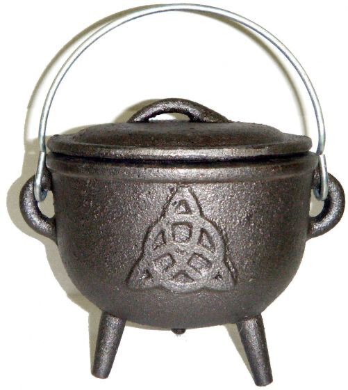 4.5 inch Cast Iron Cauldron with Lid, Charmed