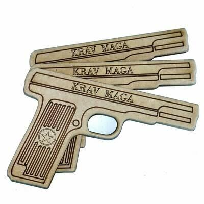 Simulacro Pistola em MDF 18mm cortado e gravado a Laser com quinas arredondadas. Durável e mais vendida do mercado. Não resistente a água. Pode ser personalizada.